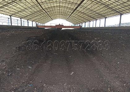 Livestock Manure Composting with Wheel Type Compost Turner